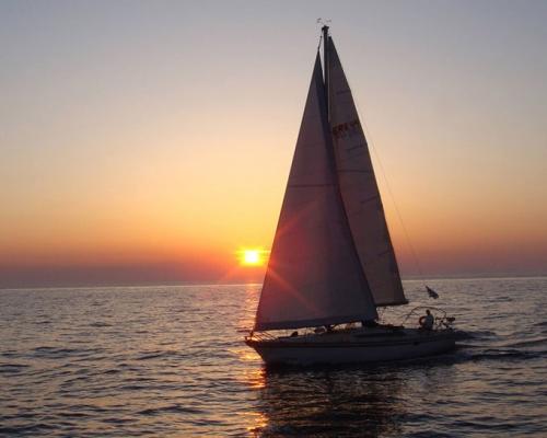 Caldera Sunset Private Sailing Cruise