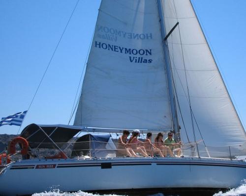 Caldera Day Private Sailing Cruise
